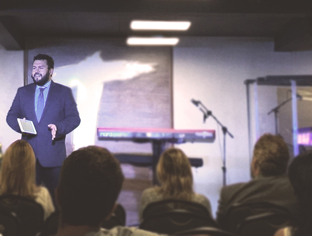 Thiago-preaching.jpg