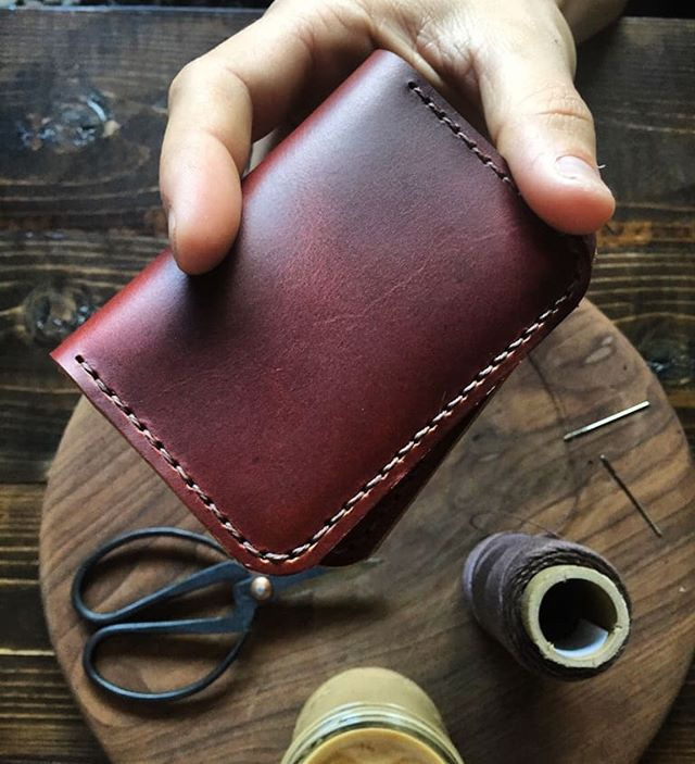 New cardholder for this holiday season ❤️ DM us for preorders!! #treibholzdesigns #leatherlove #horween