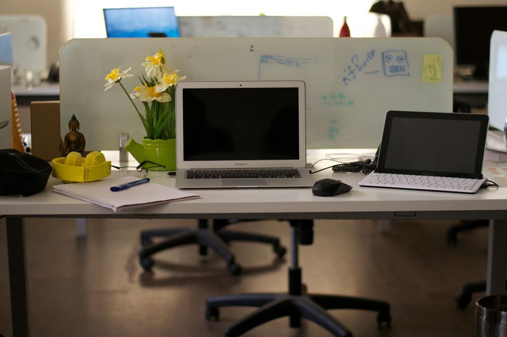 macbookair at office