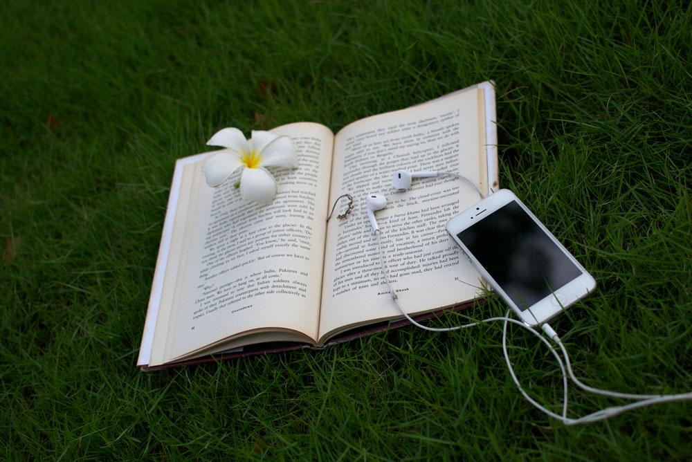 iphone-music-books