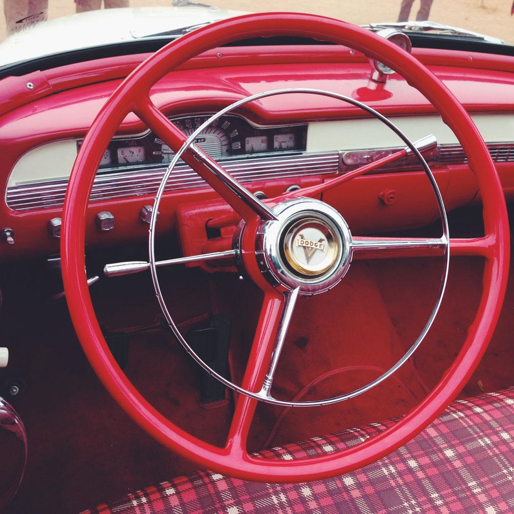 dodge-classic-vintage-car