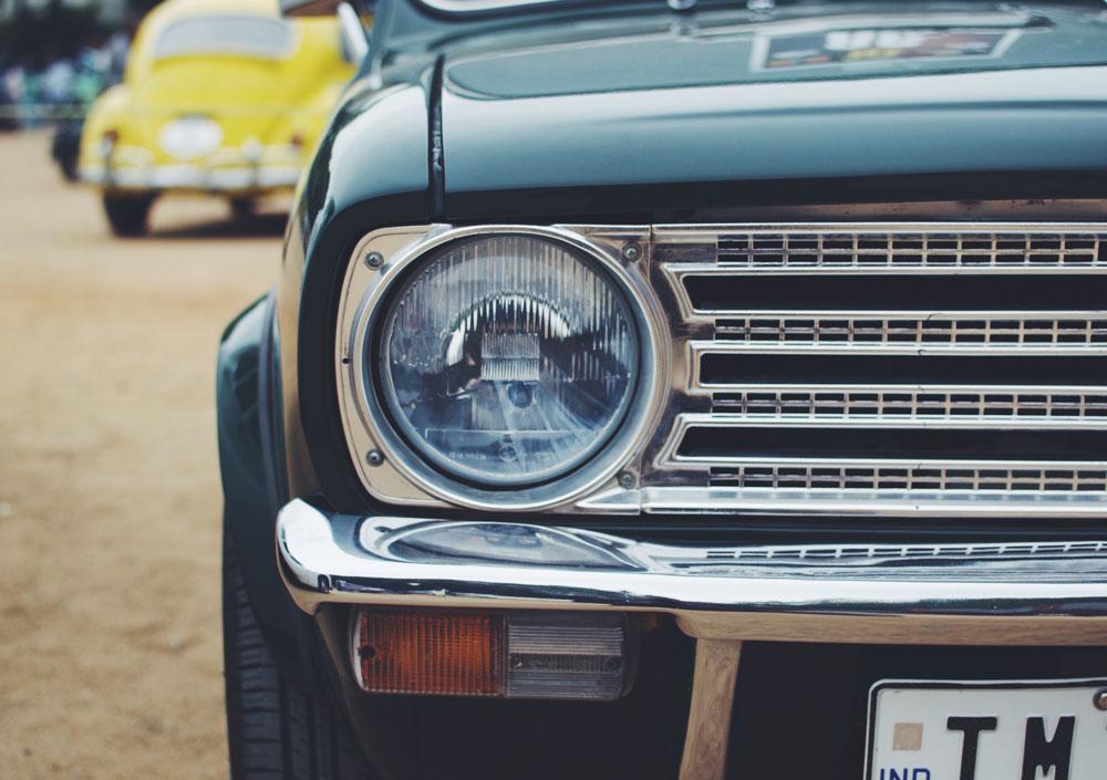 old-vintage-car