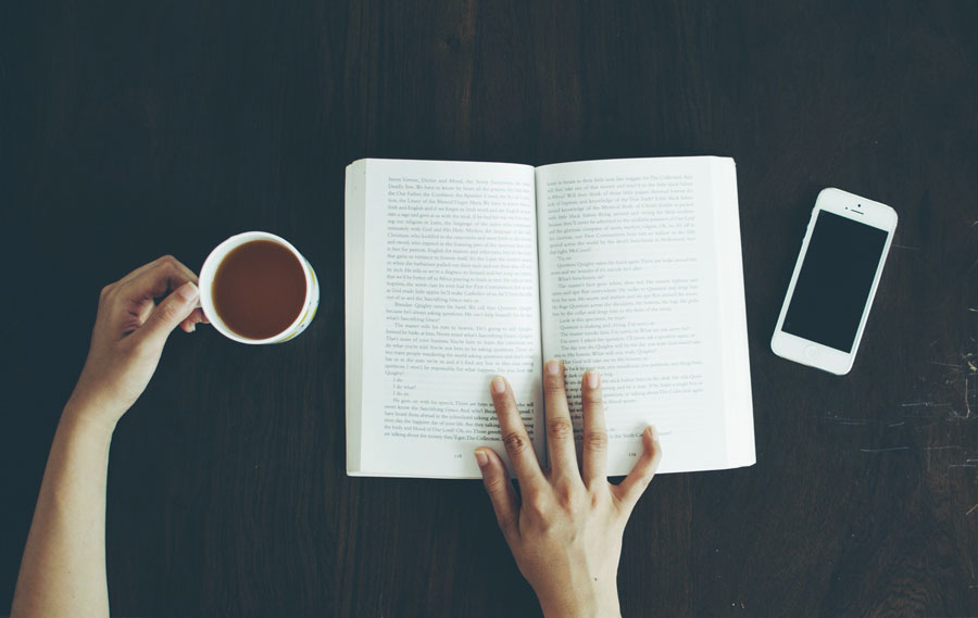 moments-books-coffee