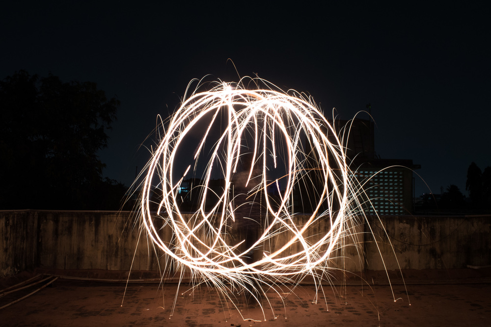 long-exposure-light-painting-2