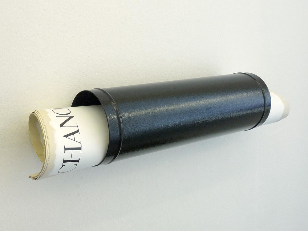 Chance / Paper Box , 2013  Epoxydharz, arcylic paint, newspaper, newspaper stick,, stole, 12 x 62,5 x 12 cm