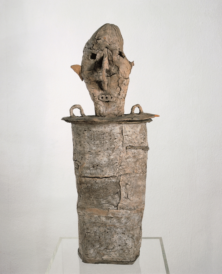 Untitled, 1961 Burned clay 65 x 25 x 8 cm