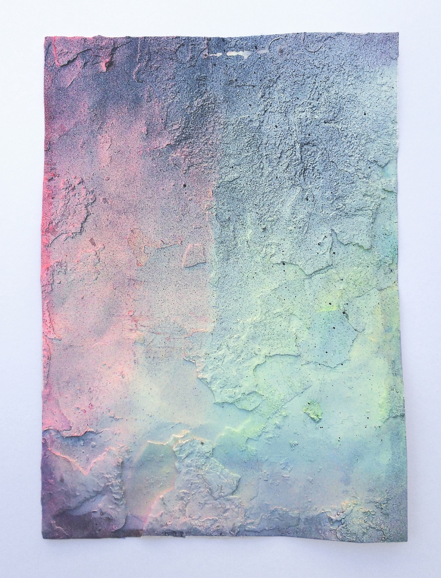 Untitled (burnt 3), 2015 Pastell, acrylic paint and paraffin on paper 29,7 x 21 cm