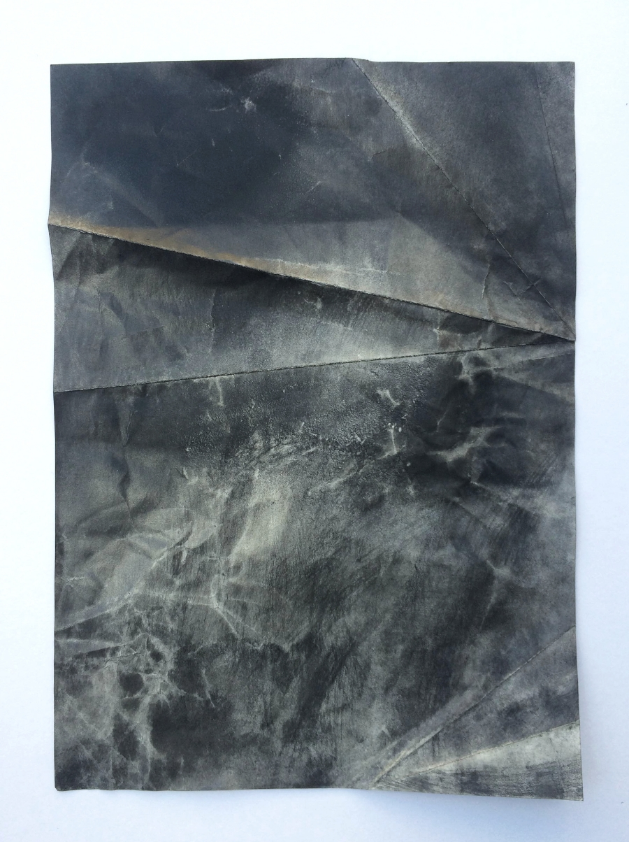 Untitled, 2015 Charcoal, pastel and pencil on paper 29,7 x 21 cm