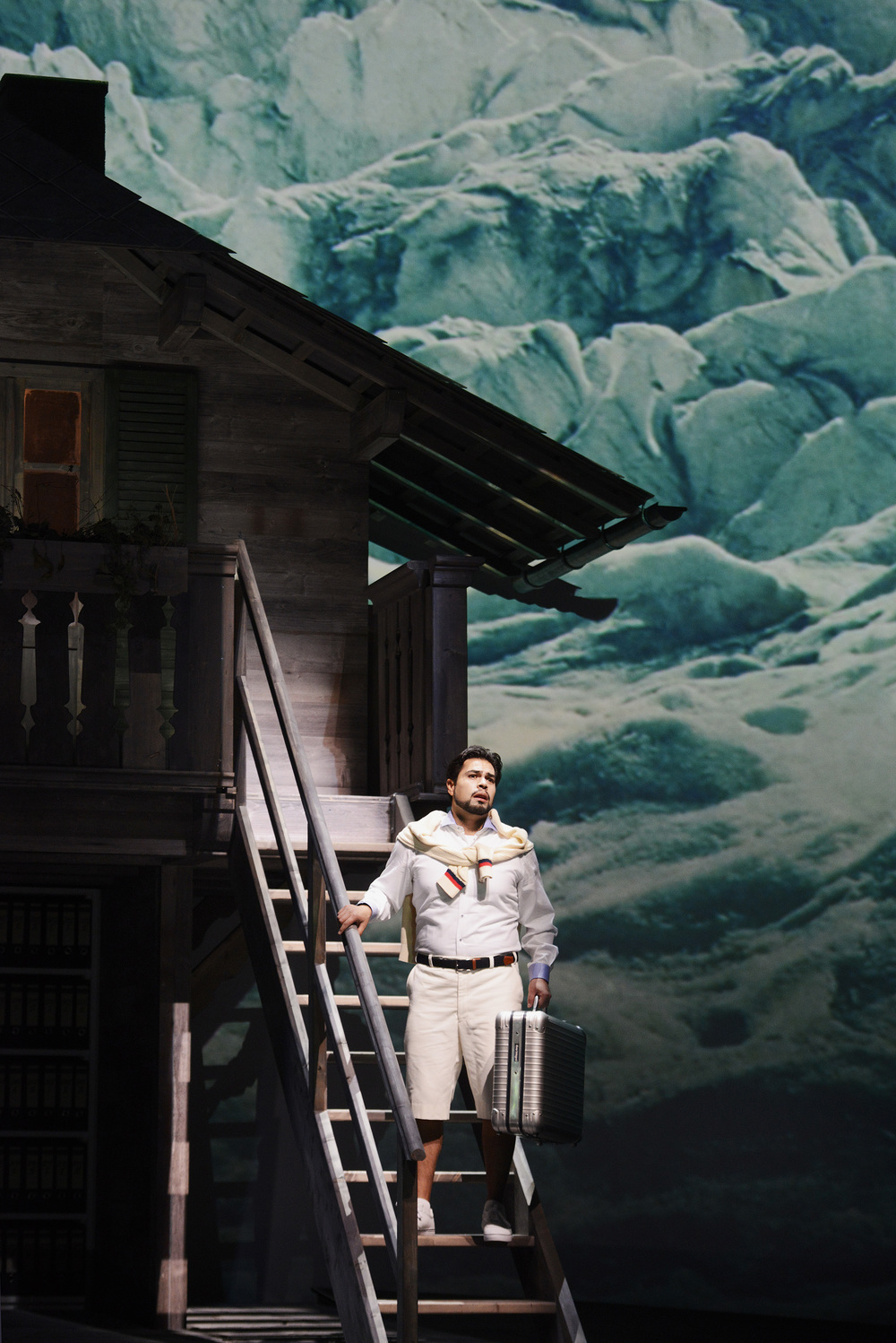 Don Pasquale at Theater Basel - film and projections by Sean Wirz (click for more pictures and video)