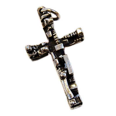Manhattan Cross Pendant