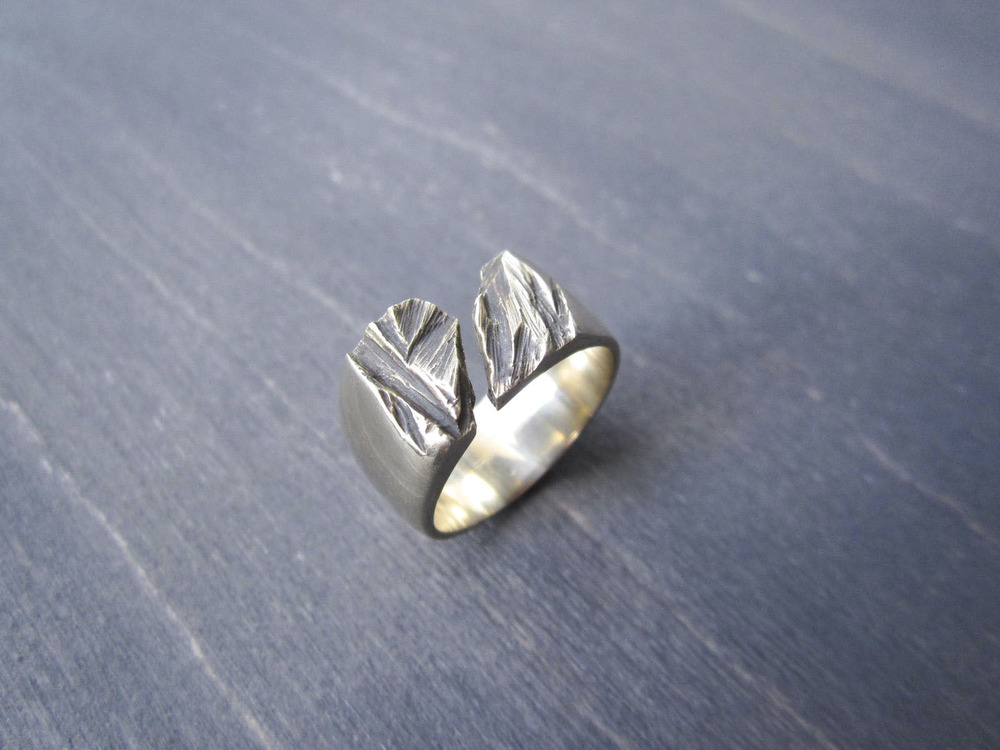 Bronze Fracture Ring