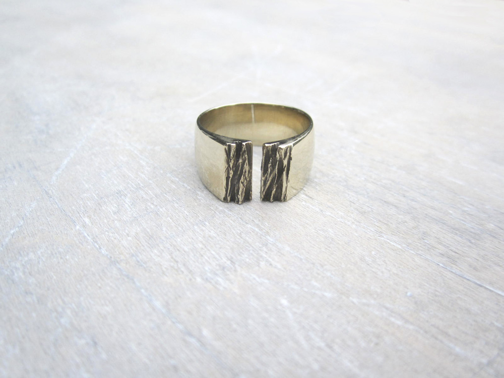 Bronze Gap Ring