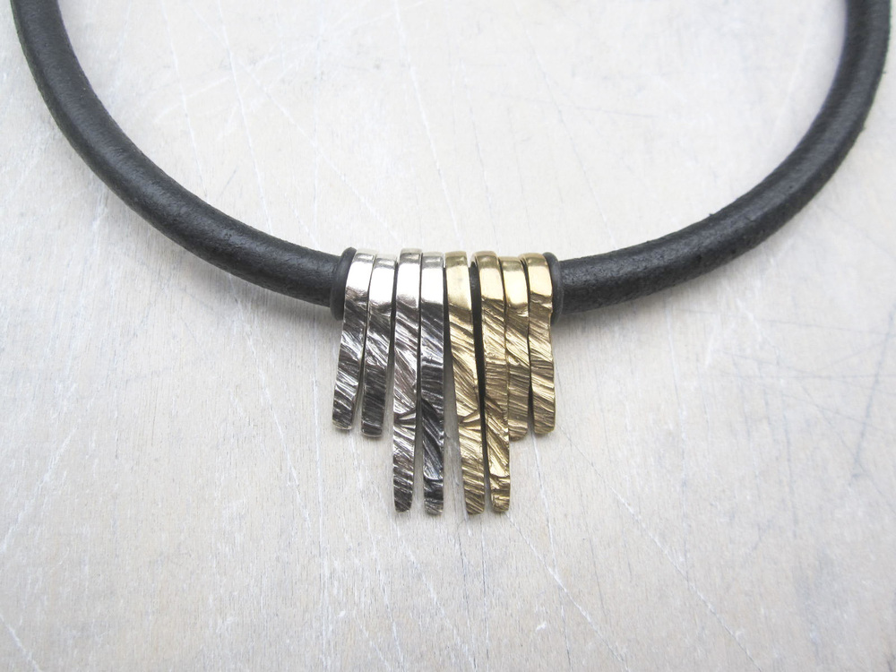 Solid Guard Necklace