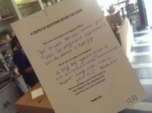 Deze kaartjes geven wij gasten die bij ons gegeten hebben. Ons 'field research' helpt ons gasten elke dag nog blijer te maken. En stiekem worden we bij het lezen zelf ook altijd blij van deze kaartjes :).