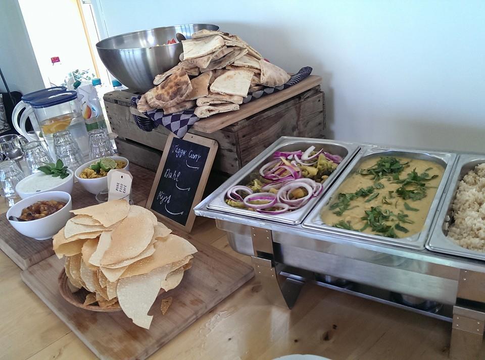 Een geheel vegetarisch buffet bij de partnerdag voor Parina van den Berg in Zeeland.
