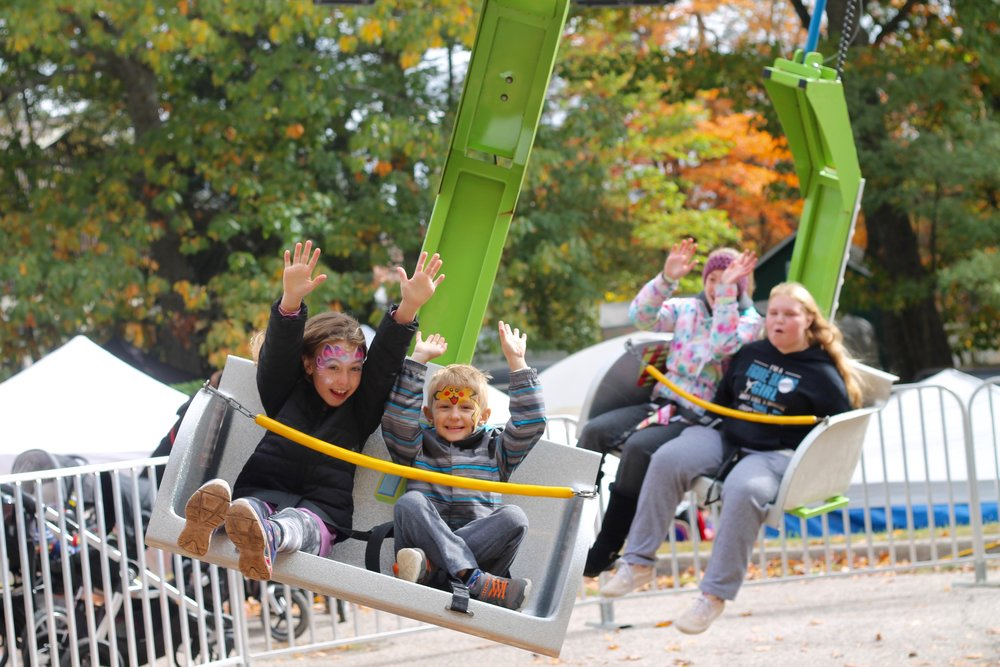 Entertainment Sponsors - Support the entertainment attractions of the festival through the sponsorship packages of:Presenting Midway Rides, Presenting Featured Concert, Silver Plus Kids Zone, and Photo Booth
