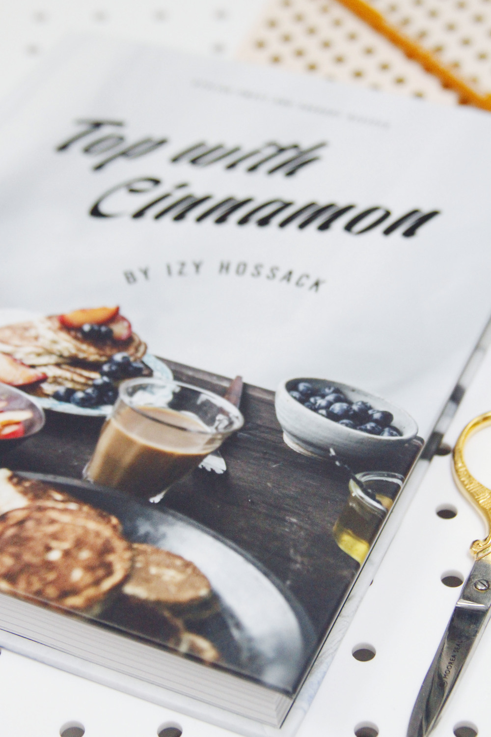 top with cinnamon cookbook review // print (em) shop