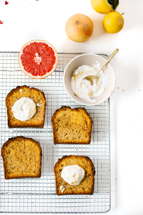 Grapefruit and earl grey bread