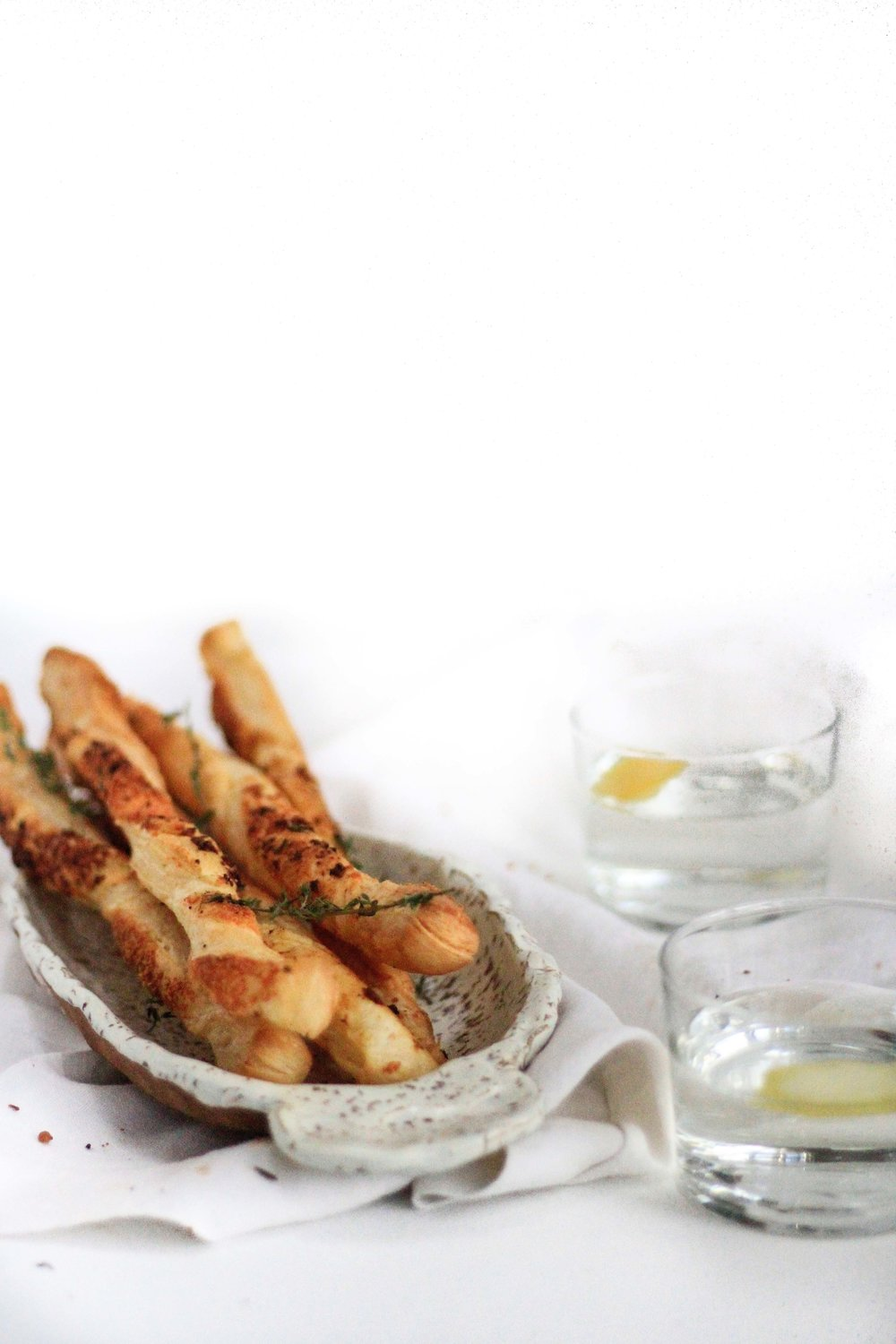 Garlic pastry twists