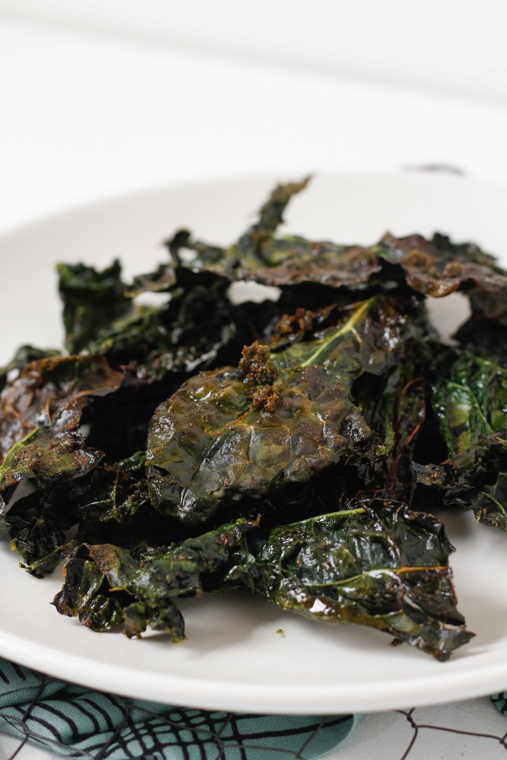 Pesto kale chips