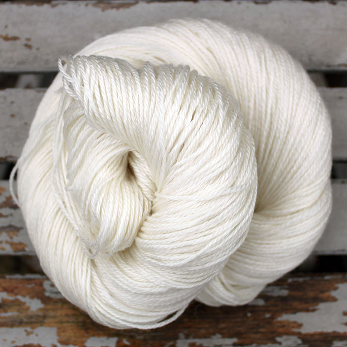 Type 49106  Merino Tencel Sock  50% Superwash Merino 50% Tencel  100g hanks 333m per 100g
