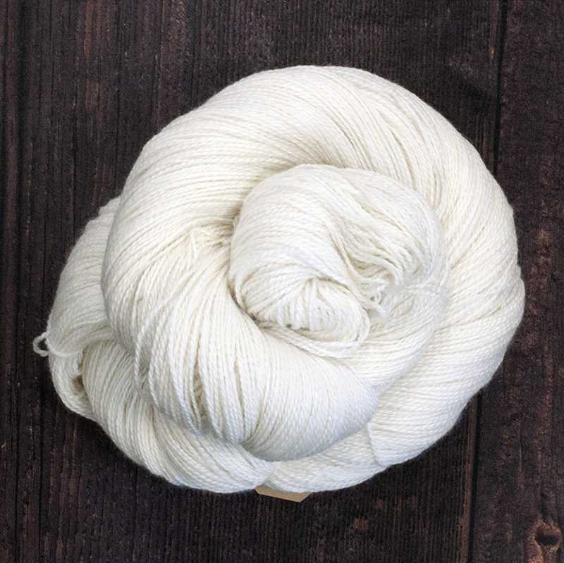 Type 49010 Baby Alpaca Silk Lace 70% Baby Alpaca 30% Silk 100g hanks 600m per 100g 2/12nm