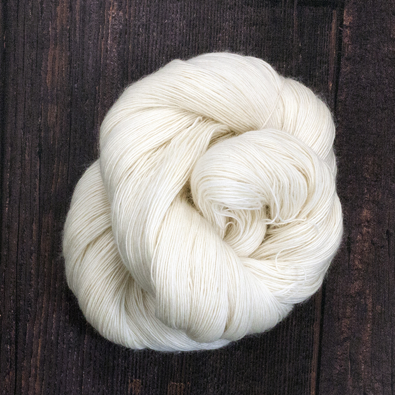 Type 49046  Singles Merino Lace  100% Superwash Merino   100g hanks 800 per 100g 1/8nm