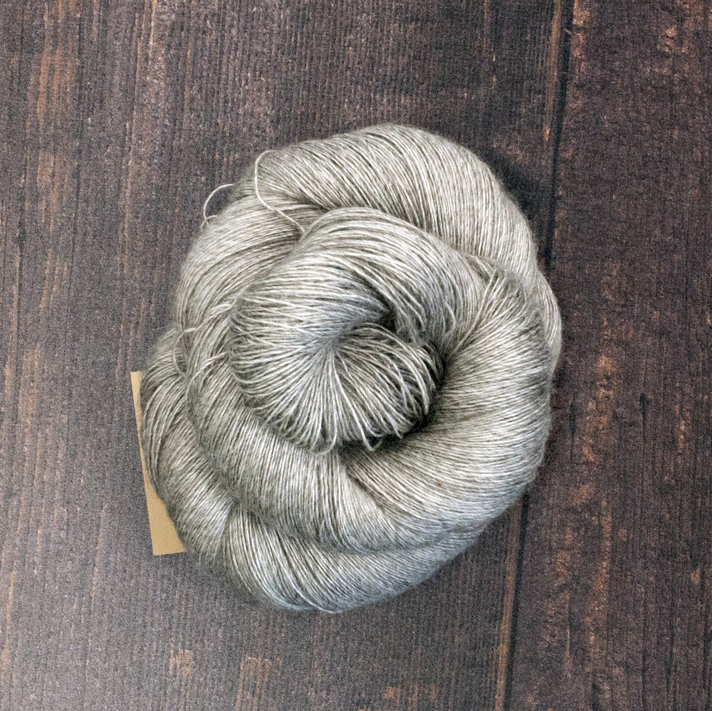 Type 49045  Singles Yak Lace  65% Superwash Merino 20% Silk 15% Yak  100g hanks 800m per 100g 1/8nm