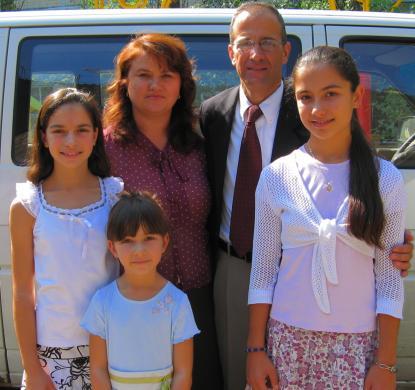 family_03lg.jpg