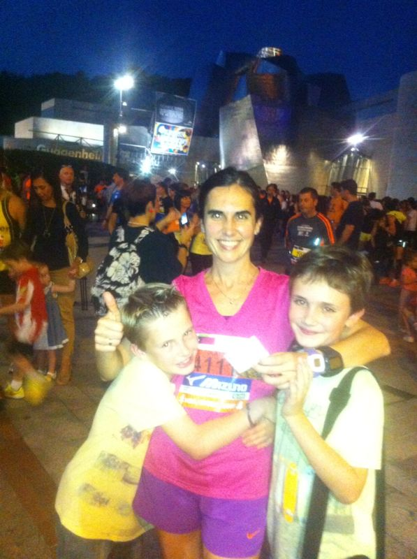 Olatzand her beautiful boys at the Bilbao Night Marathon in Bilbao, Spain. This was her first half marathonand she finished in under two hours!! Awesome run Olatz!!!!