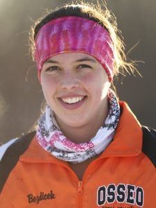 Girls Champion    Sarah Bezdicek    Osseo