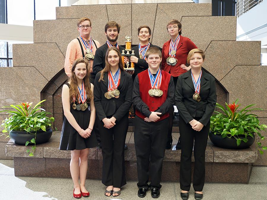 Names of team members:  Front row (l to r), Rachel Weelborg, Jennifer Bergeson, Winston Taylor, Alex Mortenson-Hilde; back row, Josiah Johnson, Kaelan Weiss, Rachael Obermiller, and Katrina Creel   Photo Credit: