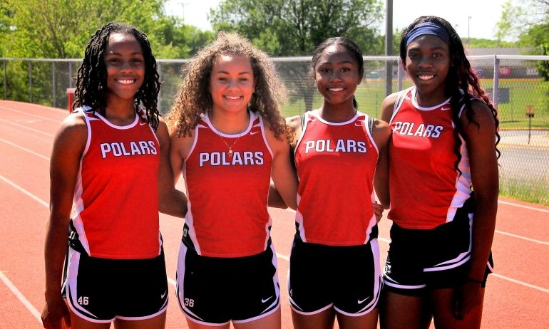 4X200 Meter Relay Alexis Pratt, Shaliciah Jones, Jebeh Cooke & J'Ianna Cager North St. Paul