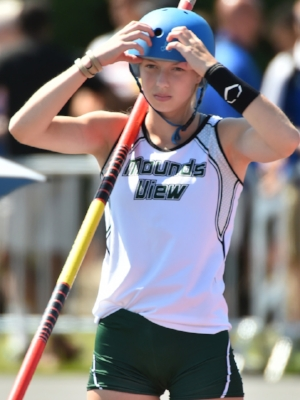 Pole Vault Julia Fixsen Mounds View