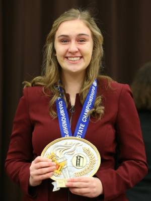 Informative Speaking    Kaitlyn Vogel    River Valley*   Photo:  MN Prep Photo
