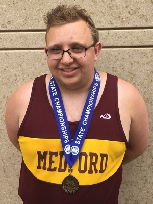 2017-18 MN Track & Field    Discuss Throw Wheelchair    Luke Johnston    Medford