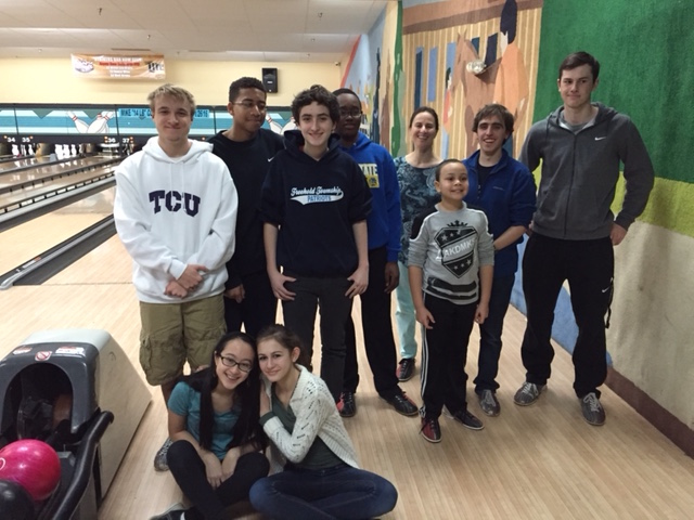 Youth Group Bowling 2.jpg