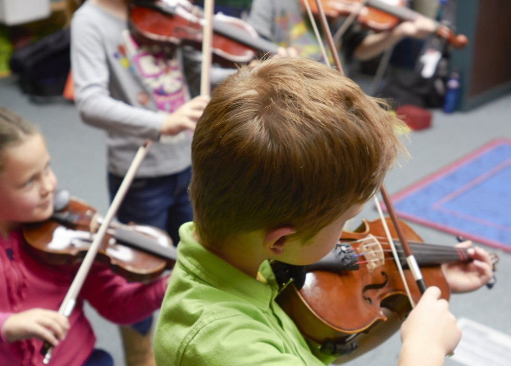 Instrument Carousel - Recommended for Ages 4-7Wednesday 4-5 PM9/12/2018 through 2/6/2019 Fall SemesterWednesday 3:30-4:40 PM2/20/2019 through 6/5/2019 Spring SemesterInstrument Carousel is designed to offer keen insight into the child's natural interest. Participating students will be able to explore different instruments in order to see which one inspires them. Students spend equal time practicing the skills needed to play recorder, violin, and piano; as well as an introduction to basic note reading.