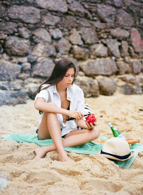 Maria_WebRes_HunterHolder2.jpg