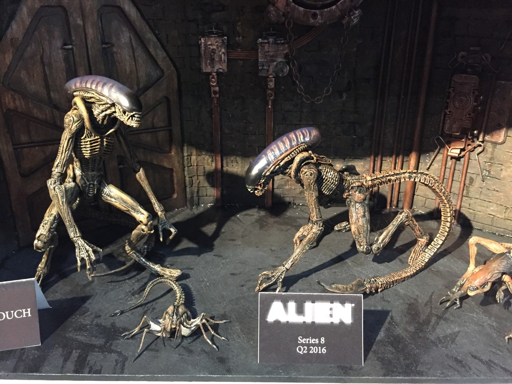 Dog Alien, with queen facehugger and dogburster