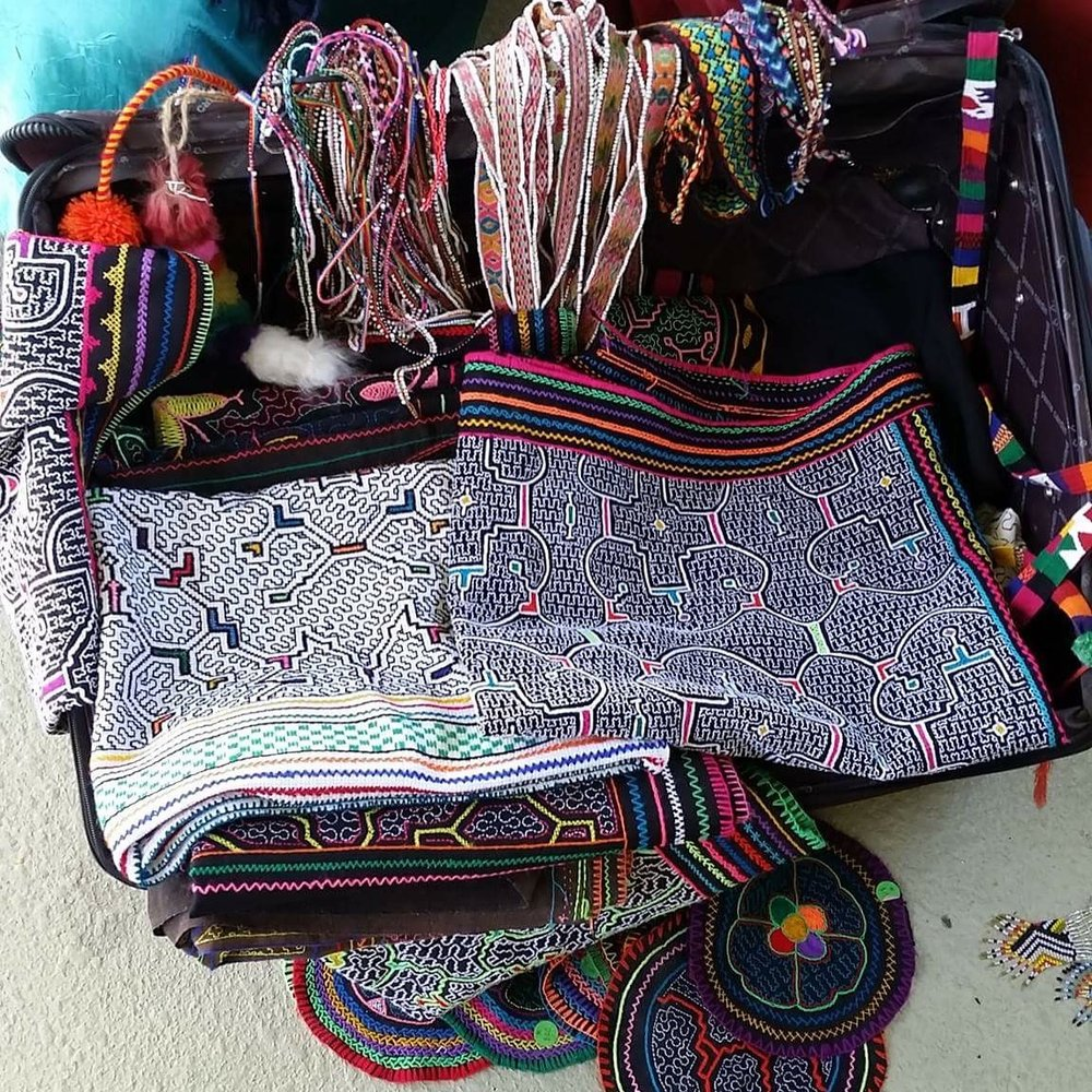 Peruvian handcrafted indigenous textiles