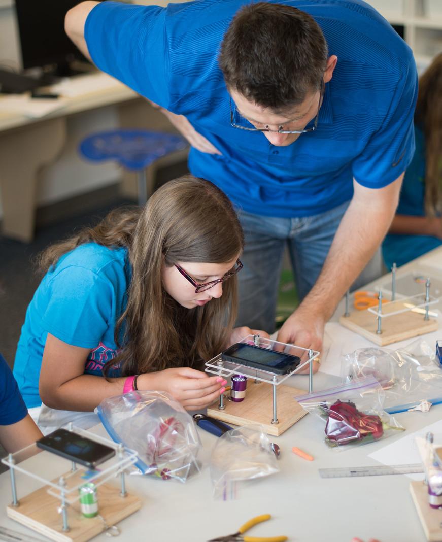 Art of Code: Tech-Girls Experience, 2016