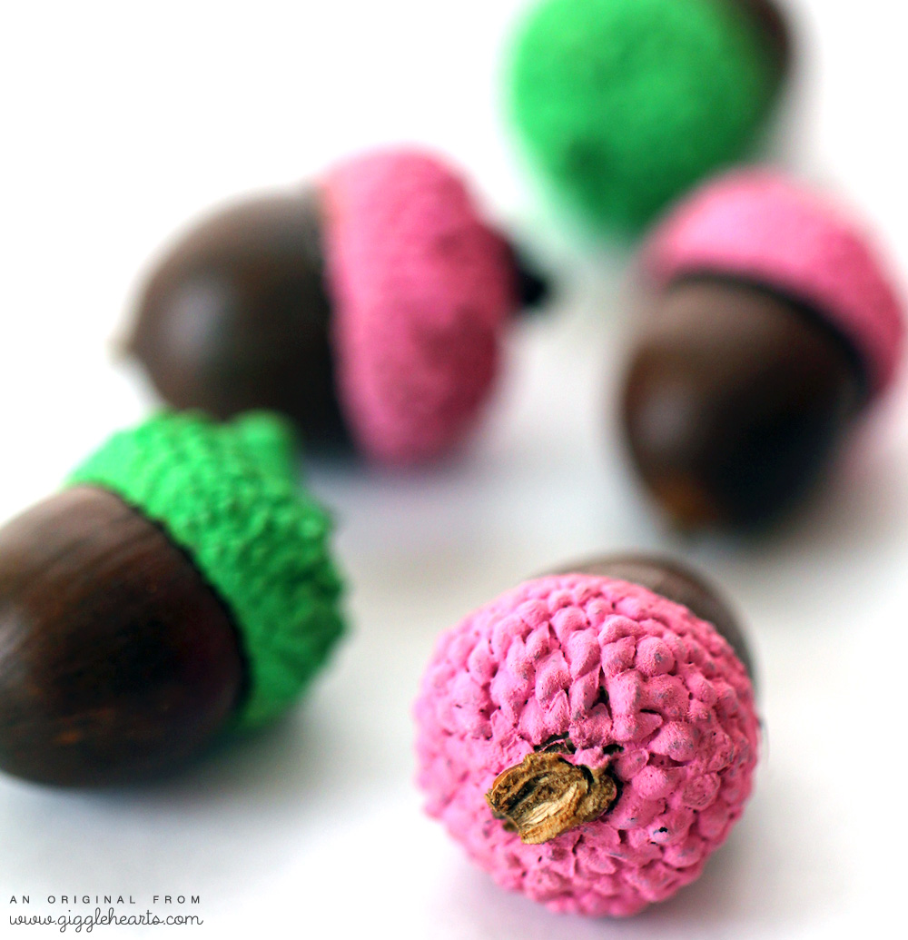 Easily Paint Acorns to match your fall party colors | as seen on www.GiggleHearts.com