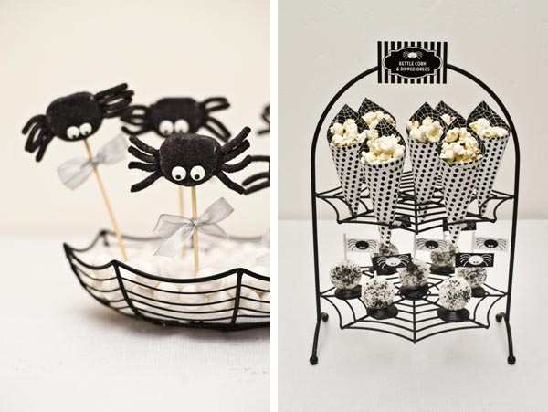 Itsy Bitsy Spider Halloween Dessert Display / as seen on www.GiggleHearts.com