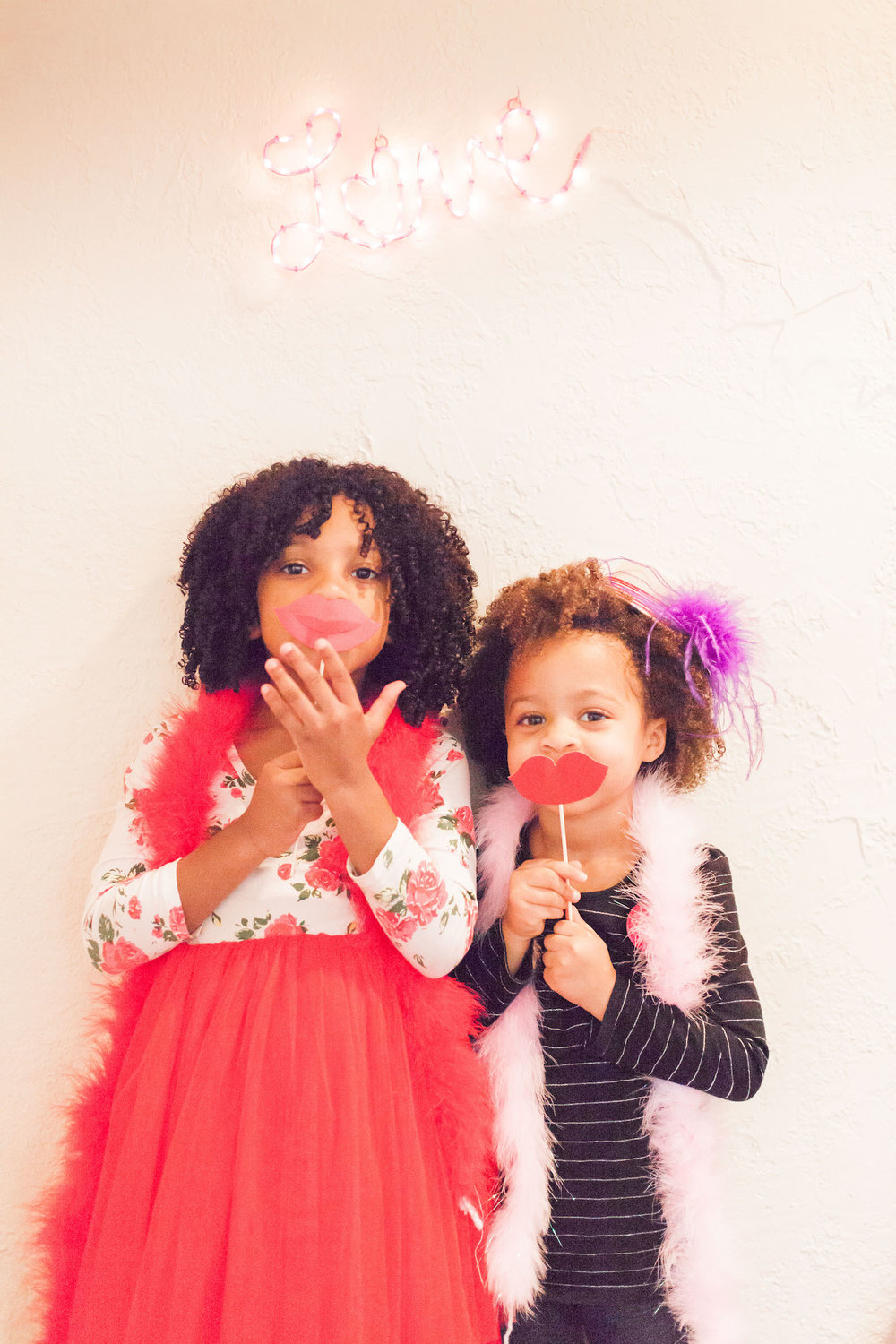 art-craft-valentines-day-party-Connie-Meinhardt-Photography-photo-booth-2.jpg