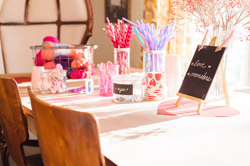 art-craft-valentines-day-party-Connie-Meinhardt-Photography-craft-table.jpg