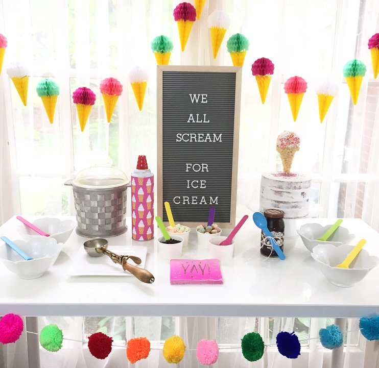 Find out how to create a quick and easy ice cream bar set-up for summer parties and birthday celebrations. From Lori of Giggle Living - as seen on www.GiggleHearts.com