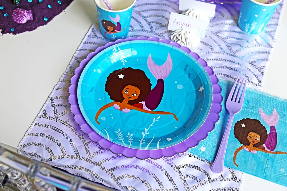 mermaid-party-supplies-tablesetting.jpg