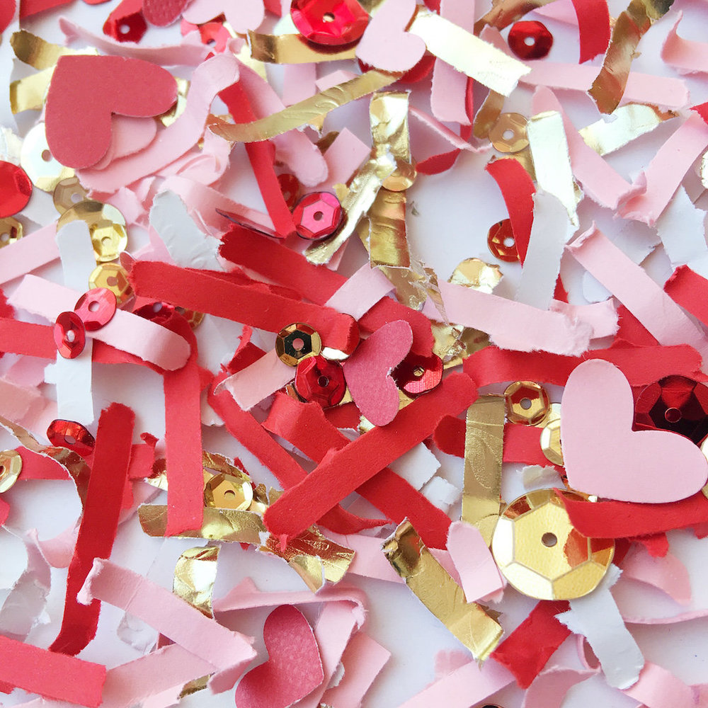 Fun Valentine's Day Confetti Mix with pink and red hears plus gold for Valentine's Day parties / valentines day decor / valentines day decorations / As seen on Giggle Hearts www.gigglehearts.com