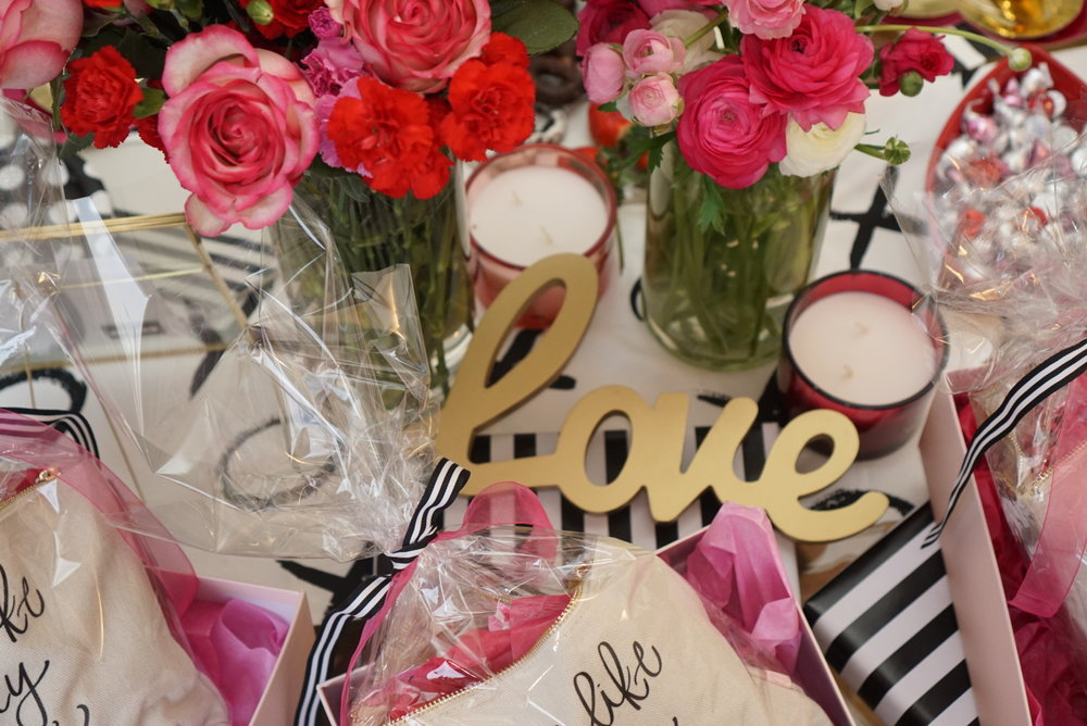 galentines-day-party-tablescape-2.jpg
